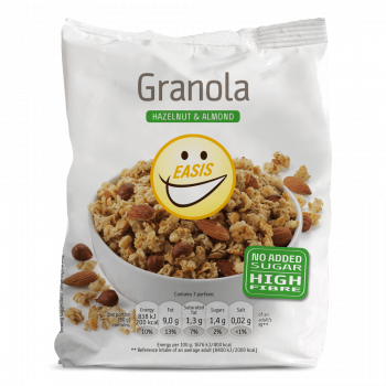 Granola s z mandlji in lešniki brez sladkorja in brez sladil