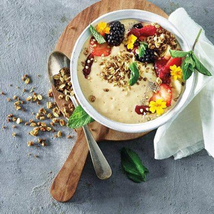 Proteinski smoothie bowl