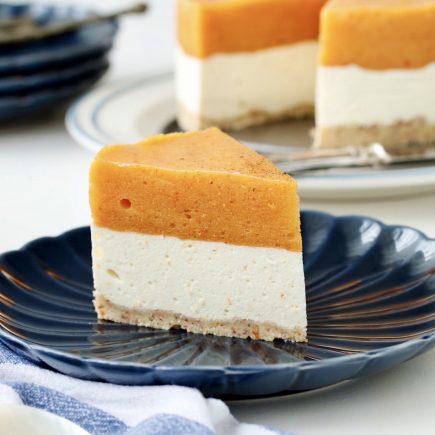 Pomarančni cheesecake s kakiji