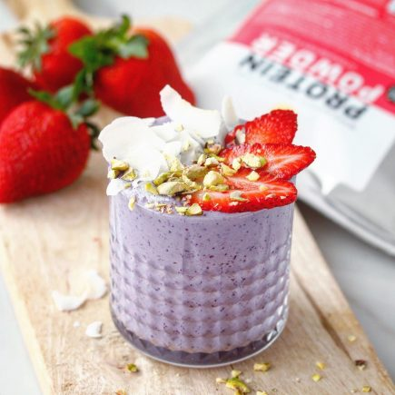 Very berry protein smoothie